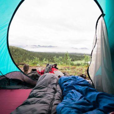 Lättviktssovsäck: Allt du behöver veta för att välja rätt sovsäck