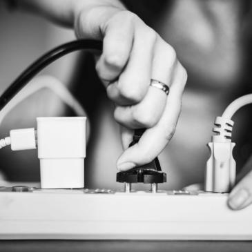 Reseadapter: Allt du behöver veta om watt-, volt- och eluttag